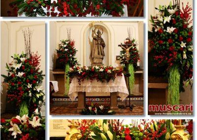 Decoración altar para día grande en la ermita de San Nicolás Castellón
