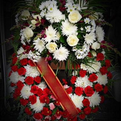 Corona funeraria clásica